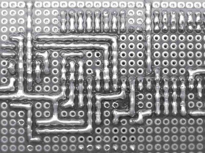 """""""洞洞板""""(万用电路板)的选择和焊接使用技巧"""