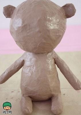 废物利用报纸diy可爱的小熊玩偶
